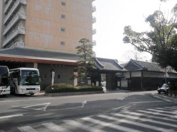 2012_01140447