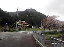 2012_04220069